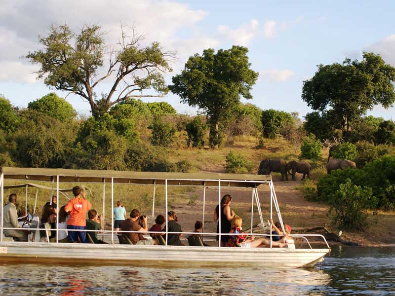 Botswana - Safaris  Lodge Explorer