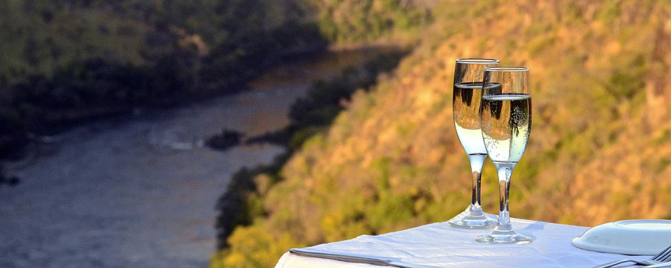 Sundowner à Batoka Gorge © Imvelo Safari Lodges